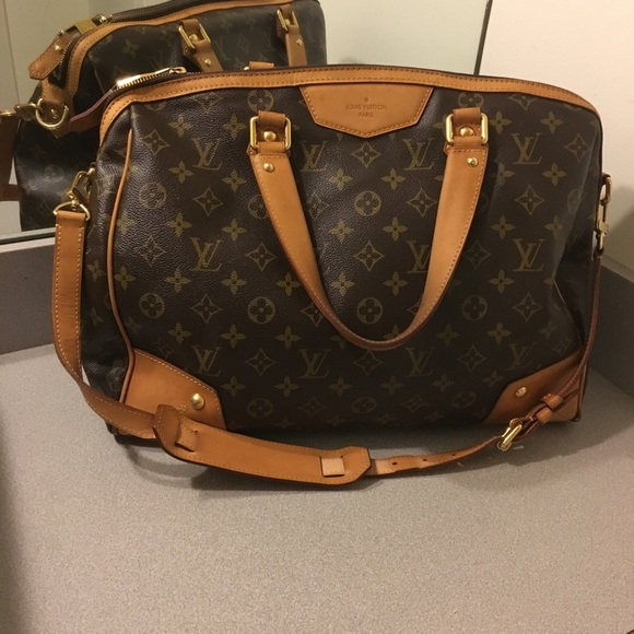 dcace2416c45 Louis Vuitton Handbags - Authentic Louis Vuitton Retiro GM